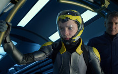 "Sci-Fi ""Ender's Game"" is a Shooting Star"