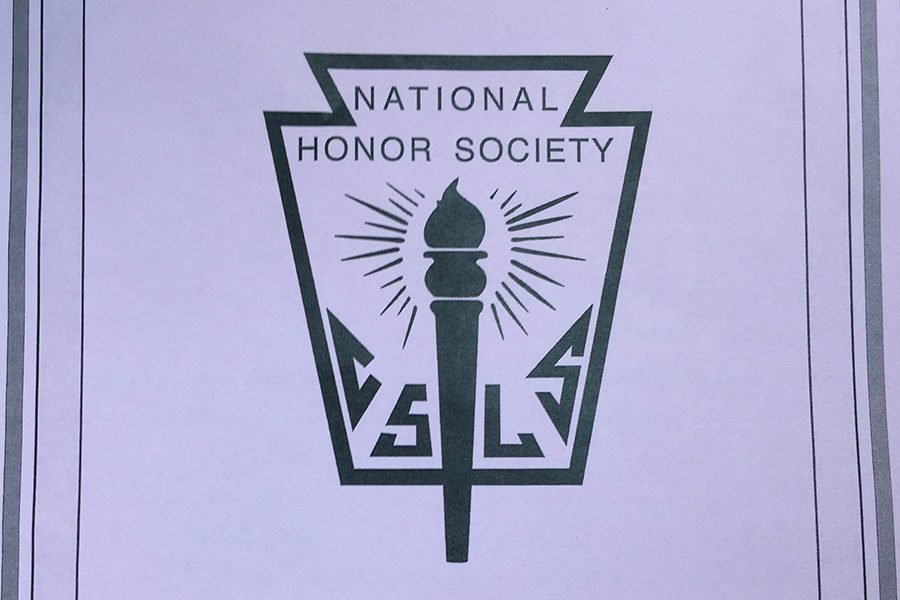 National+Honor+Society+inducted+43+new+members+Wednesday%2C+April+19.+