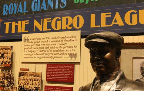 Negro Leagues Baseball Museum Pays Tribute