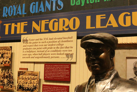 Negro Leagues Baseball Museum Pays Tribute