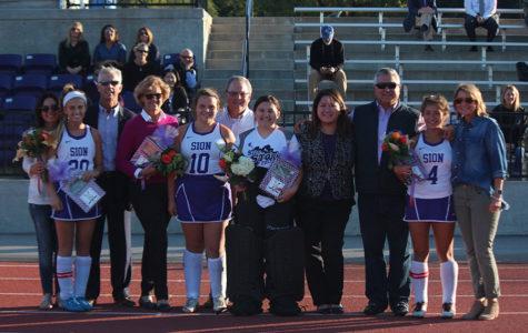Field Hockey Says Goodbye to Their Seniors