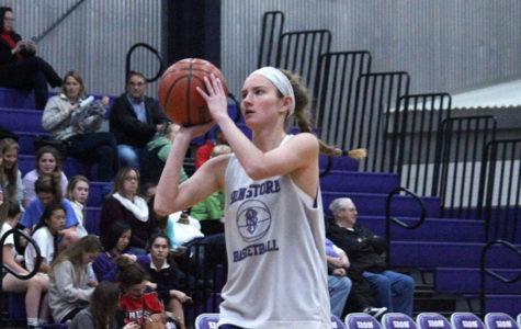 Purple and White Scrimmage Kicks off Basketball Season