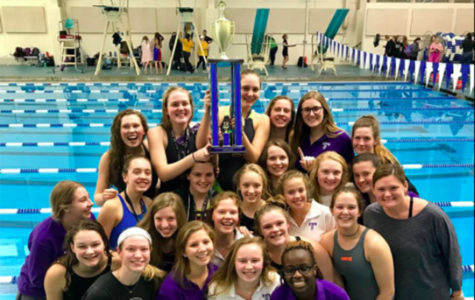 Swim Places First at Independent League Championship