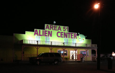 Business at the junction of US 95 and NV 373 in Amargosa Valley advertising itself as Area 51.