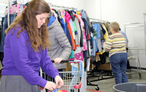 Interfaith Group Sorts Clothes