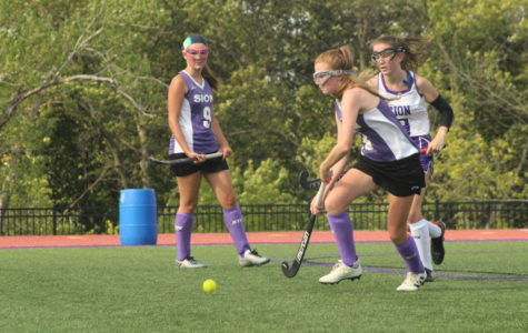 Field Hockey Cuts Players for First Time