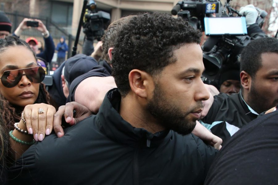 """After bonding out, """"Empire"""" television actor Jussie Smollett leaves the Cook County Jail in Chicago, Feb. 21, 2019. (Terrence Antonio James/Chicago Tribune/TNS)"""