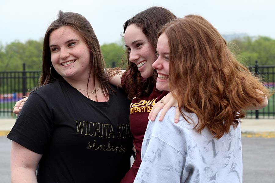 Seniors+Emma+Cruciani%2C+Claire+Lewing+and+Kristen+Rogge+pose+for+a+picture+commemorating+their+senior+year.+Cruciani+will+attend+Wichita+State+University+this+fall%2C+Lewing+will+be+attending+Loyola+University-Chicago+and+Kristen+Rogge+is+going+to+the+University+of+Missouri.