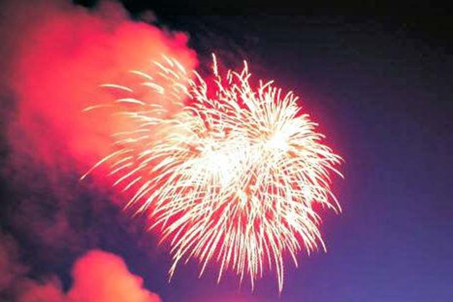 Firework+celebrations+have+become+a+part+of+nationwide+Labor+Day+celebrations%2C+but+have+also+helped+Americans+lose+focus+on+what+the+holiday+is+all+about.